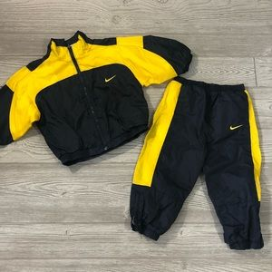 🧸Nike • Navy and Yellow Track Suit Michigan